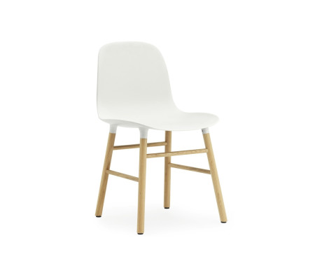 Normann Copenhagen Form Oak Stuhl