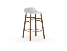 Normann Copenhagen Form Barstuhl Walnut